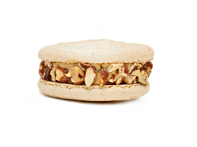 JENI'S SALTY CARAMEL WITH SMOKED ALMONDS ICE CREAM SANDWICH