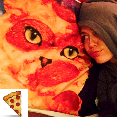 MILEY CYRUS: THE PIZZA SLICE
