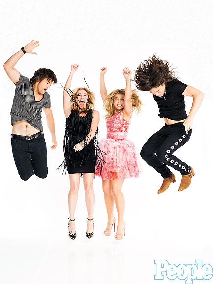 DEANA CARTER & THE BAND PERRY