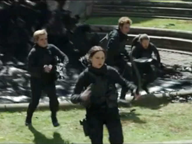 10. KATNISS CONTINUES TO CARRY HERSELF LIKE SHE'S INVINCIBLE
