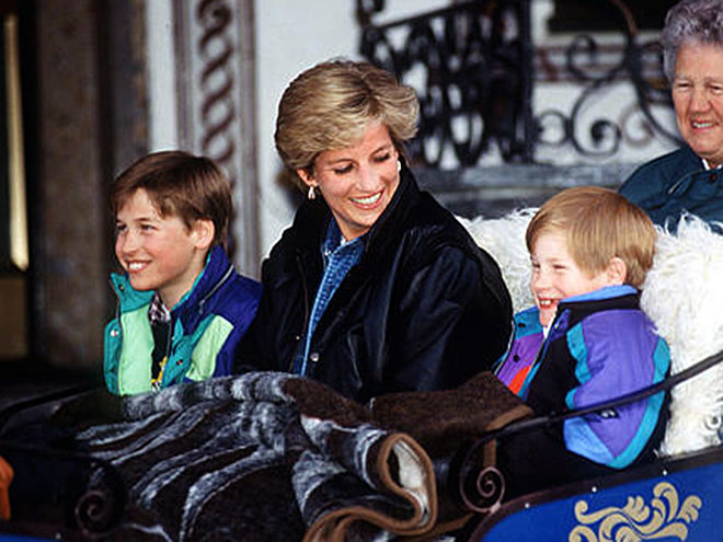 A ROYAL CARRIAGE