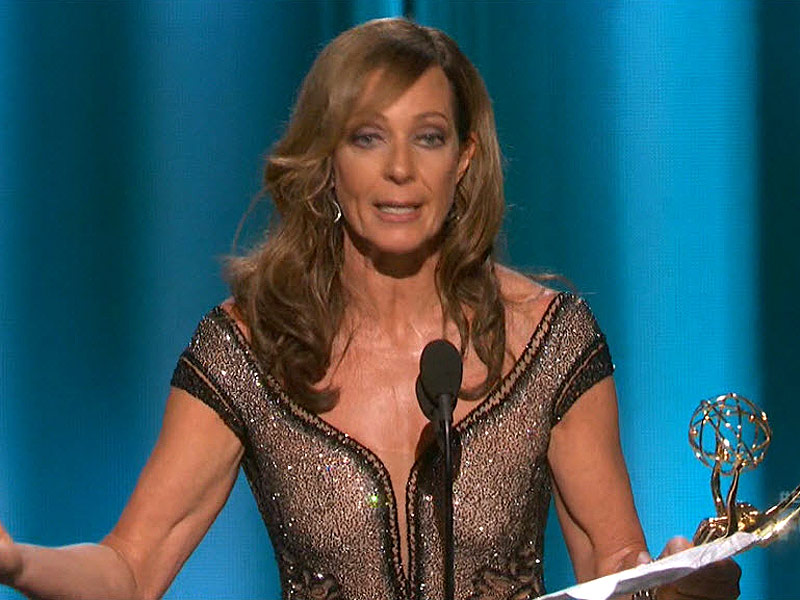 Mom star Allison Janney wins outstanding supporting actress in a comedy series