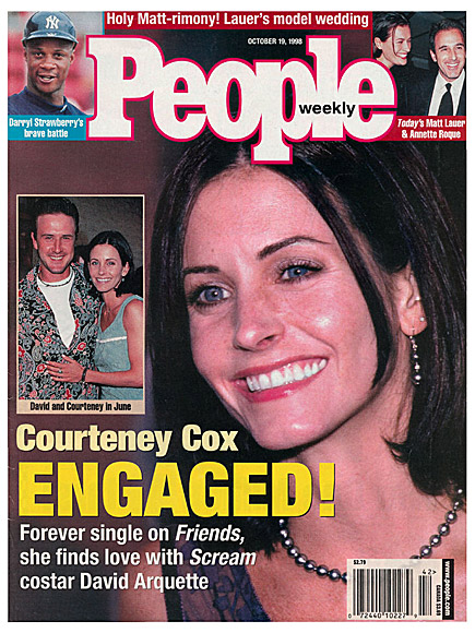 1998: COURTENEY COX & DAVID ARQUETTE ARE ENGAGED