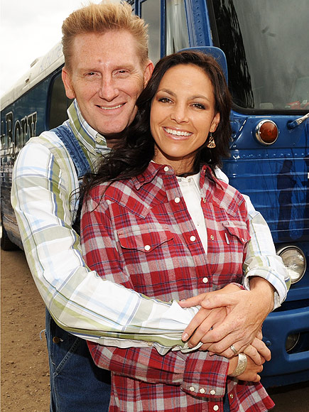 Joey Martin Feek and Rory Lee Feek (L) of singer/Songwriter duo Joey + Rory pose by their 1955 tour bus backstage at the 17th Annual Country Thunder USA music festival on July 18, 2009 in Twin Lakes, Wisconsin.