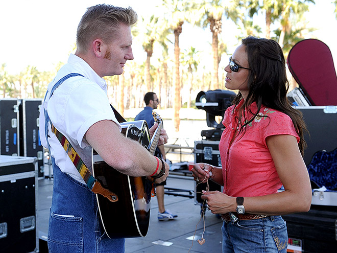 THE JOEY + RORY SHOW