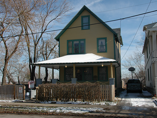 THE HOUSE IN A CHRISTMAS STORY