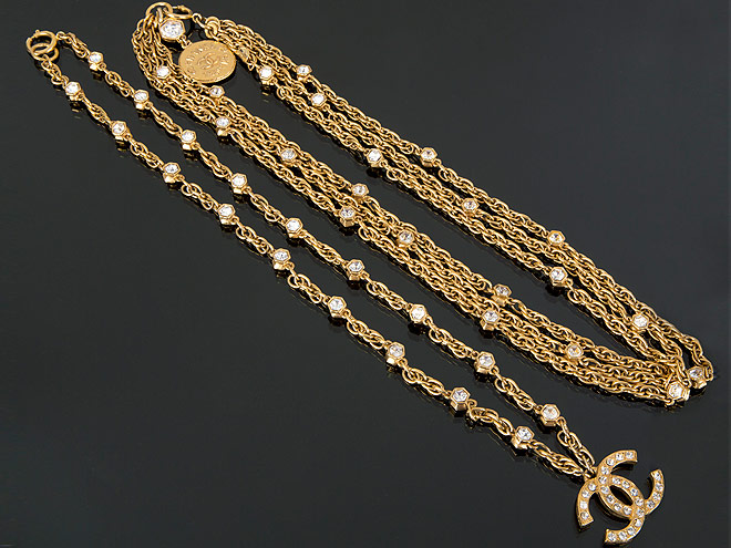 A SET OF CHANEL NECKLACES