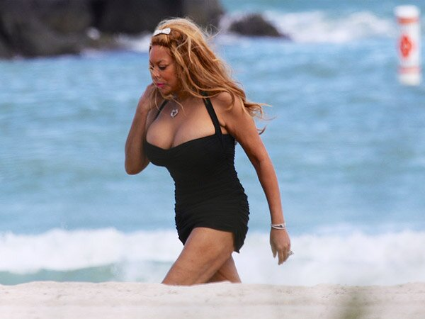 Wendy Williams Shows Off 50 Lb Weight Loss In Sexy Swimsuit