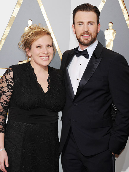 CHRIS EVANS AND HIS SISTER'S SHOUT OUT