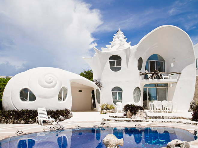 THE SEASHELL HOUSE, MEXICO
