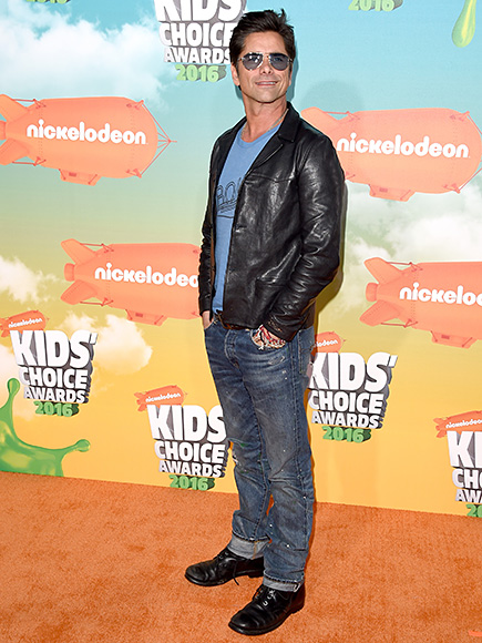 JOHN STAMOS PROVES HE OWNS EVERY CARPET HE TREADS UPON