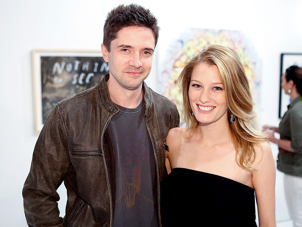 TOPHER GRACE & ASHLEY HINSHAW