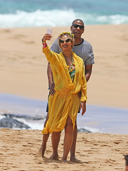 BEACH WITH BEY