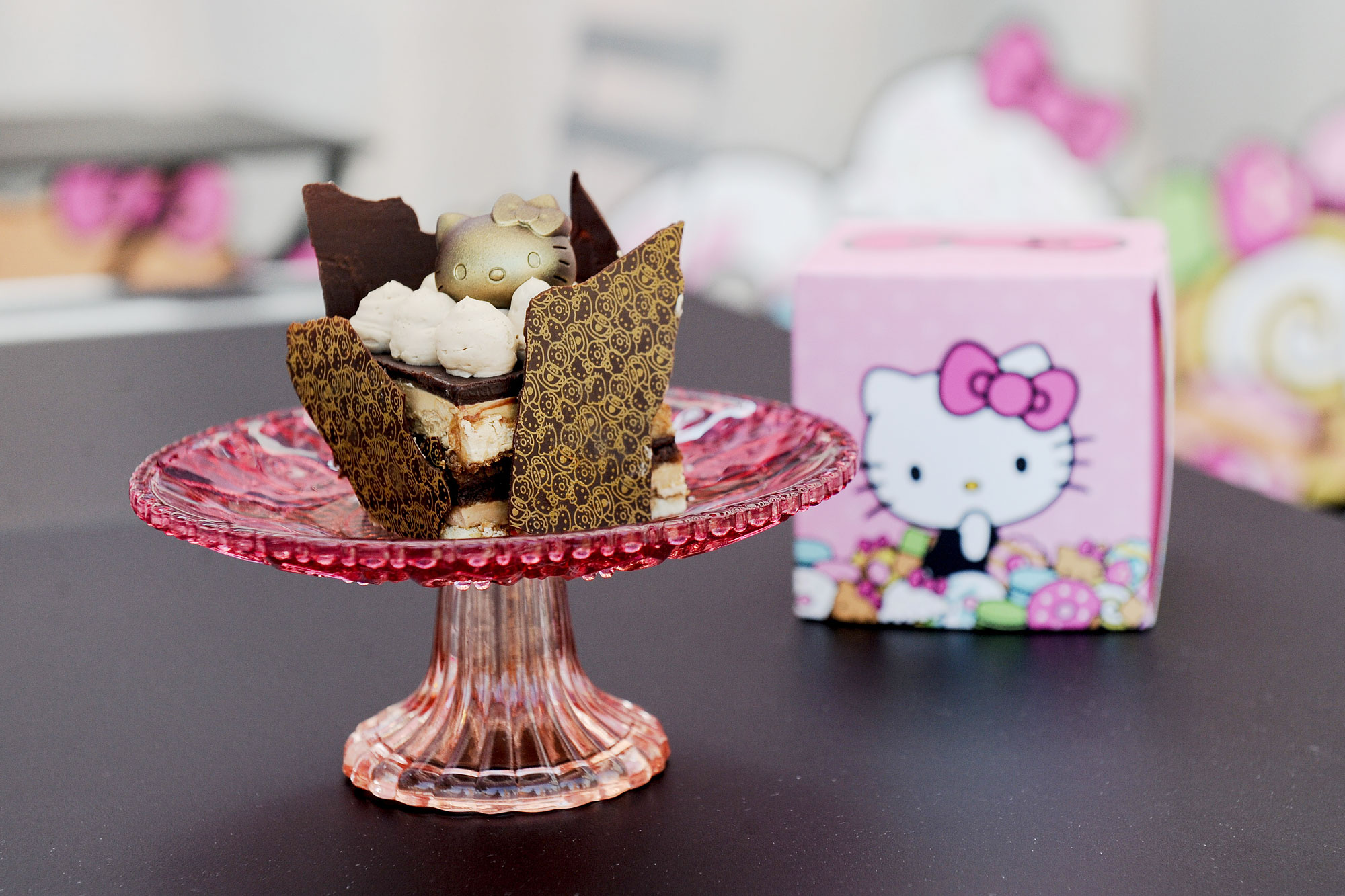 Hello-Kitty-Cafe-Pop-Up-Container---Chocolate-Opera-Cake
