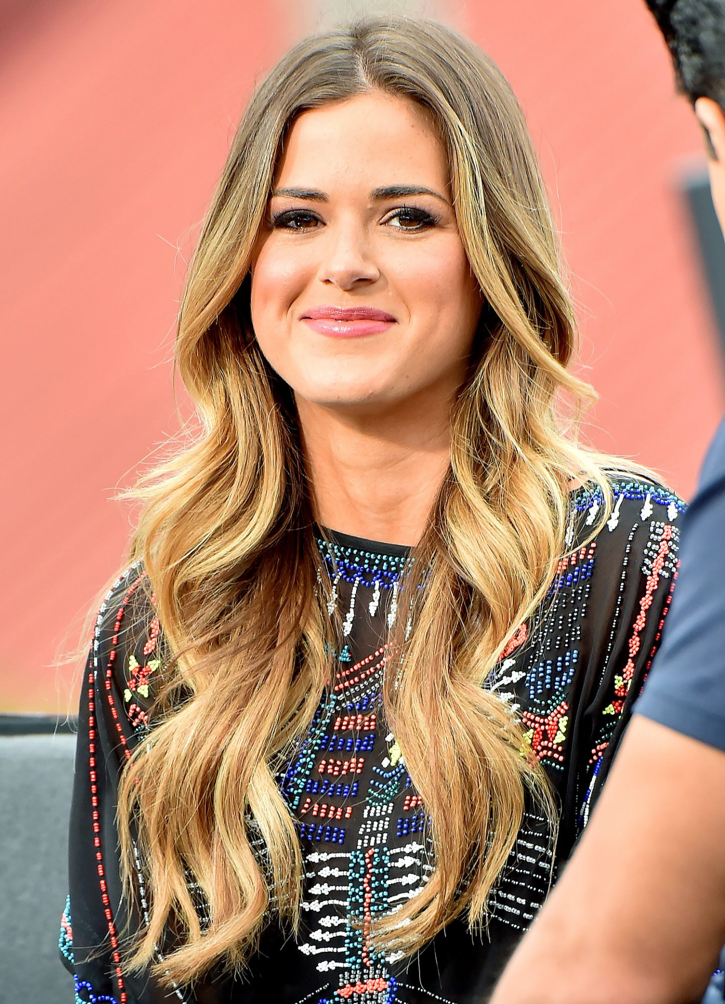 the new bachelorette Jojo Fletcher makes an appearance in hollywood