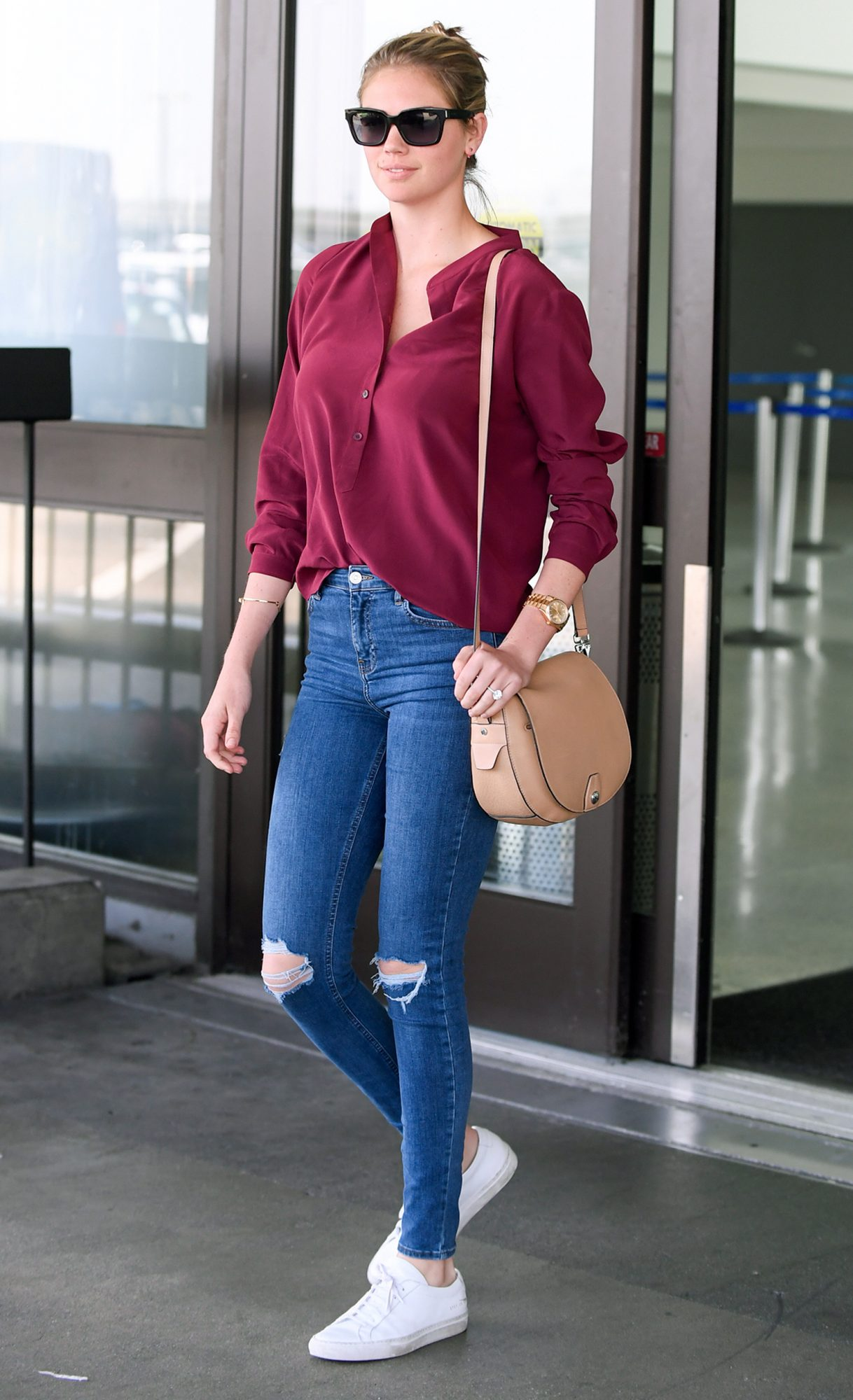 EXCLUSIVE: Kate Upton Spotted Arriving to LAX This Afternoon