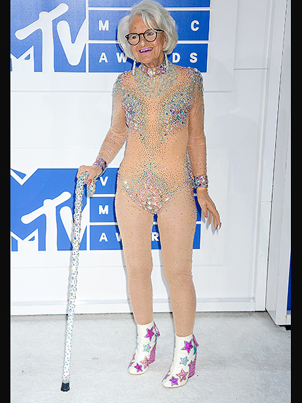BADDIEWINKLE STOLE THE SHOW IN A MATTER OF SECONDS