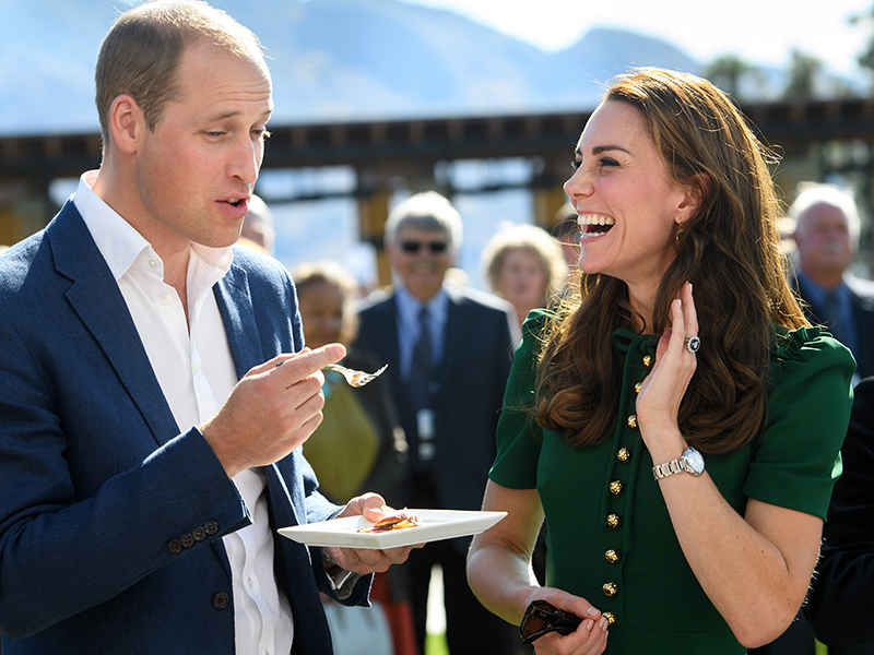 Will and Kate sample local cuisine