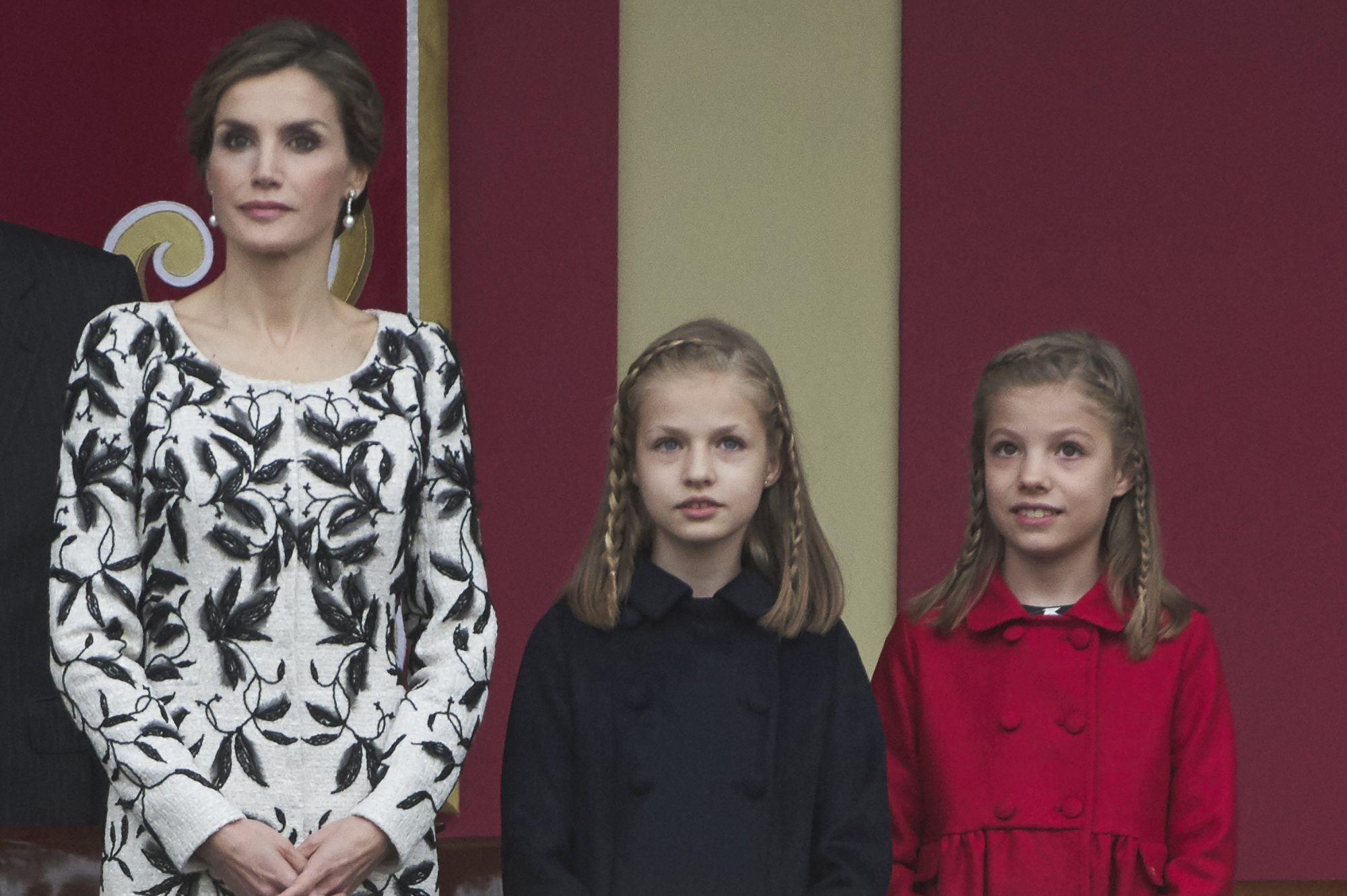 MADRID, SPAIN - OCTOBER 12: (L-R) Queen Letizia of Spain, Princess Leonor of Spain and Princess Sofia of Spain attend the National Day military parade on October 12, 2016 in Madrid, Spain. (Photo by Carlos Alvarez/Getty Images)