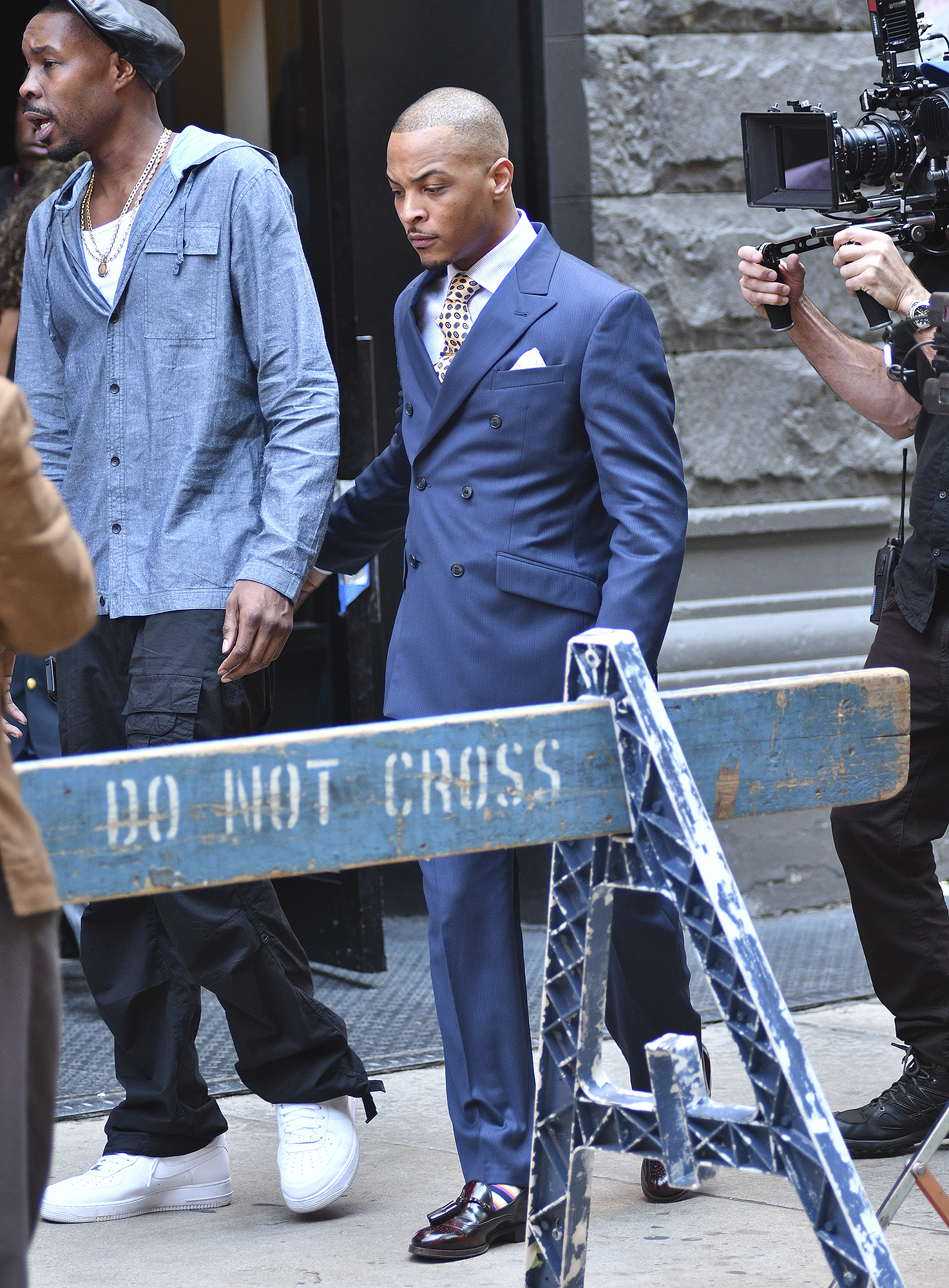 TI on the set of VH1 show The Breaks