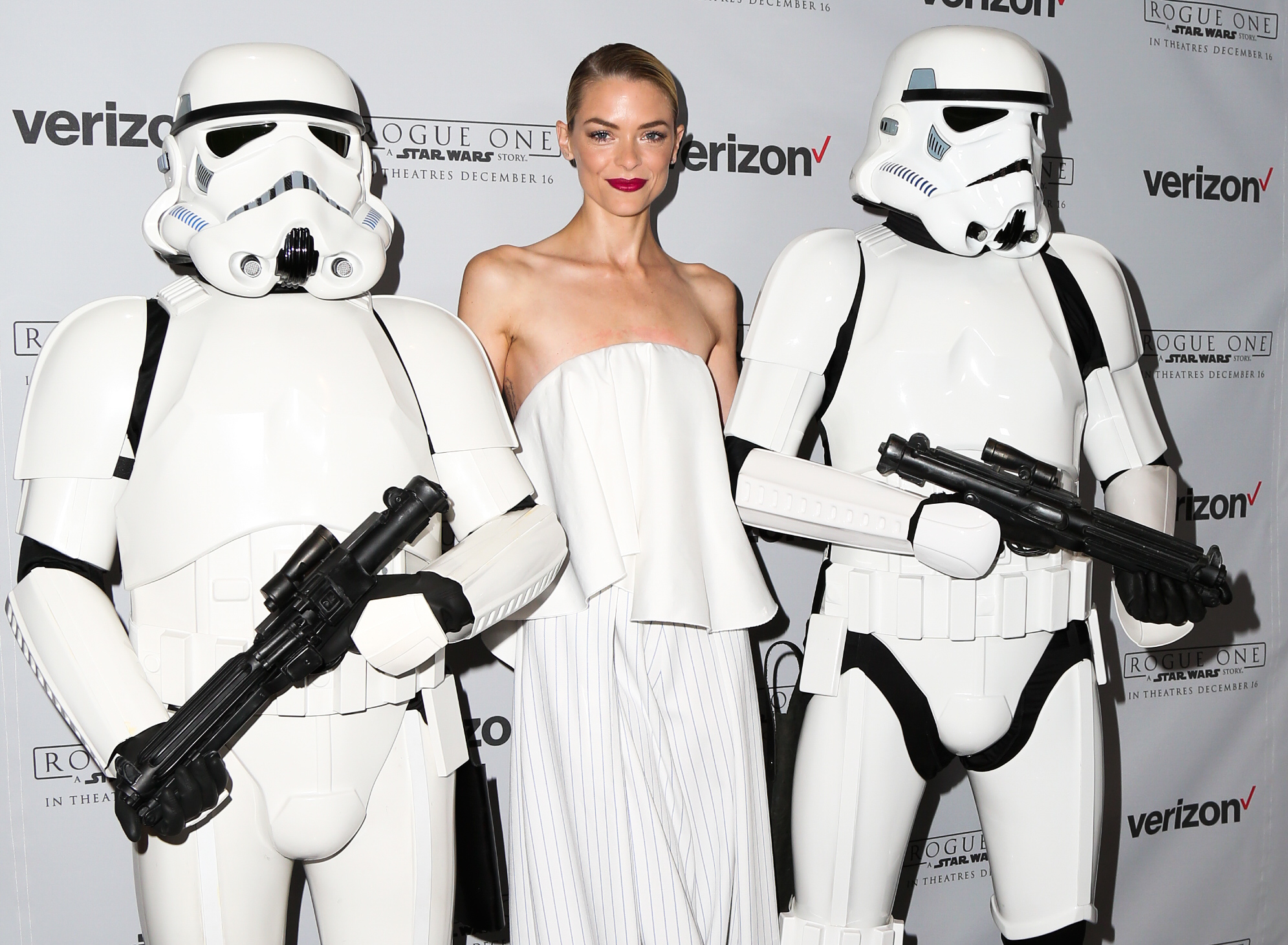 Jaime King escorted by Stormtroopers at the launch of Rogue One: Recon - A Star Wars 360 experience