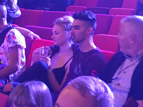 joe-jonas-sophie-turner-a