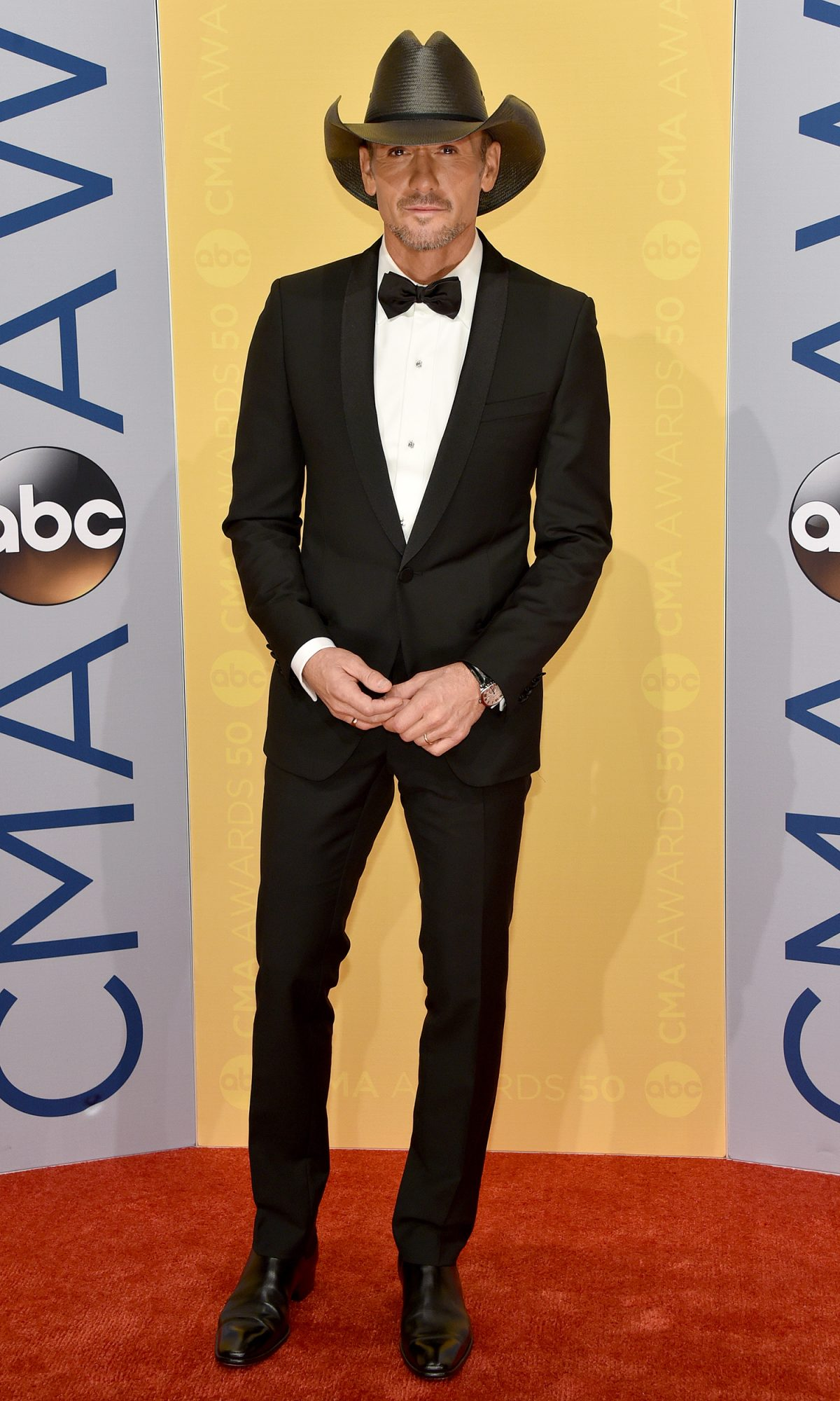 The 50th Annual CMA Awards - Arrivals