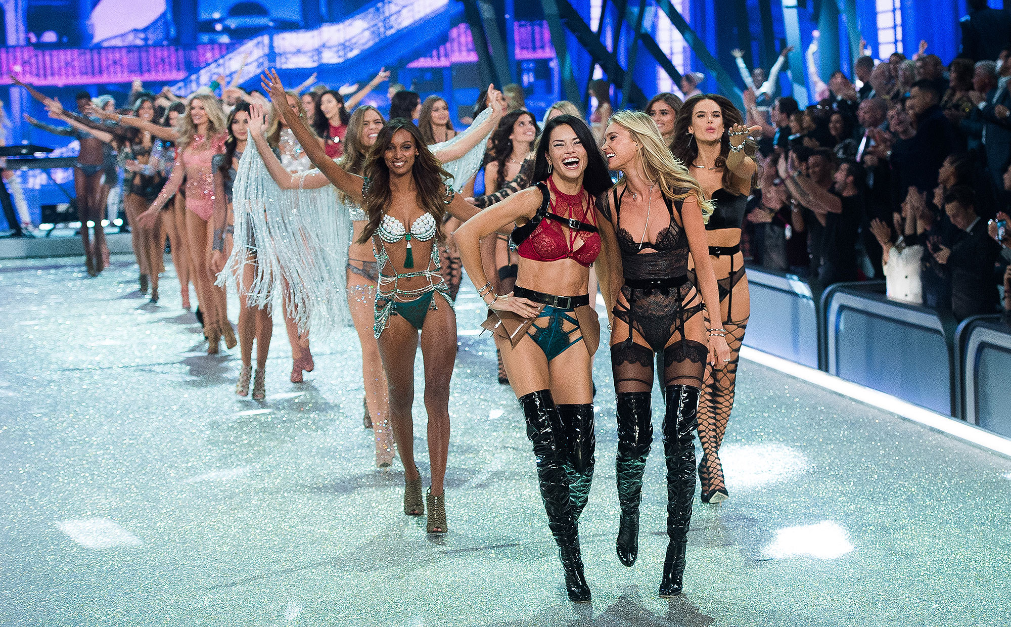 PARIS, FRANCE - NOVEMBER 30: Adriana Lima and Elsa Hosk lead out models as they walk the runway during the annual Victoria's Secret fashion show at Grand Palais on November 30, 2016 in Paris, France. (Photo by Samir Hussein/Samir Hussein/WireImage)