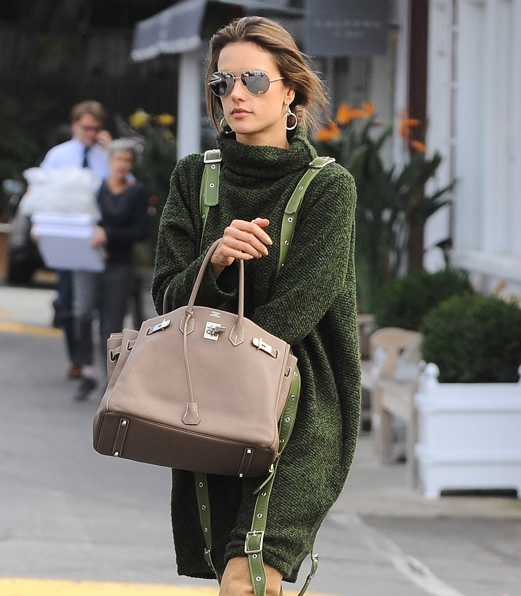 Alessandra Ambrosio Stops By The Country Mart