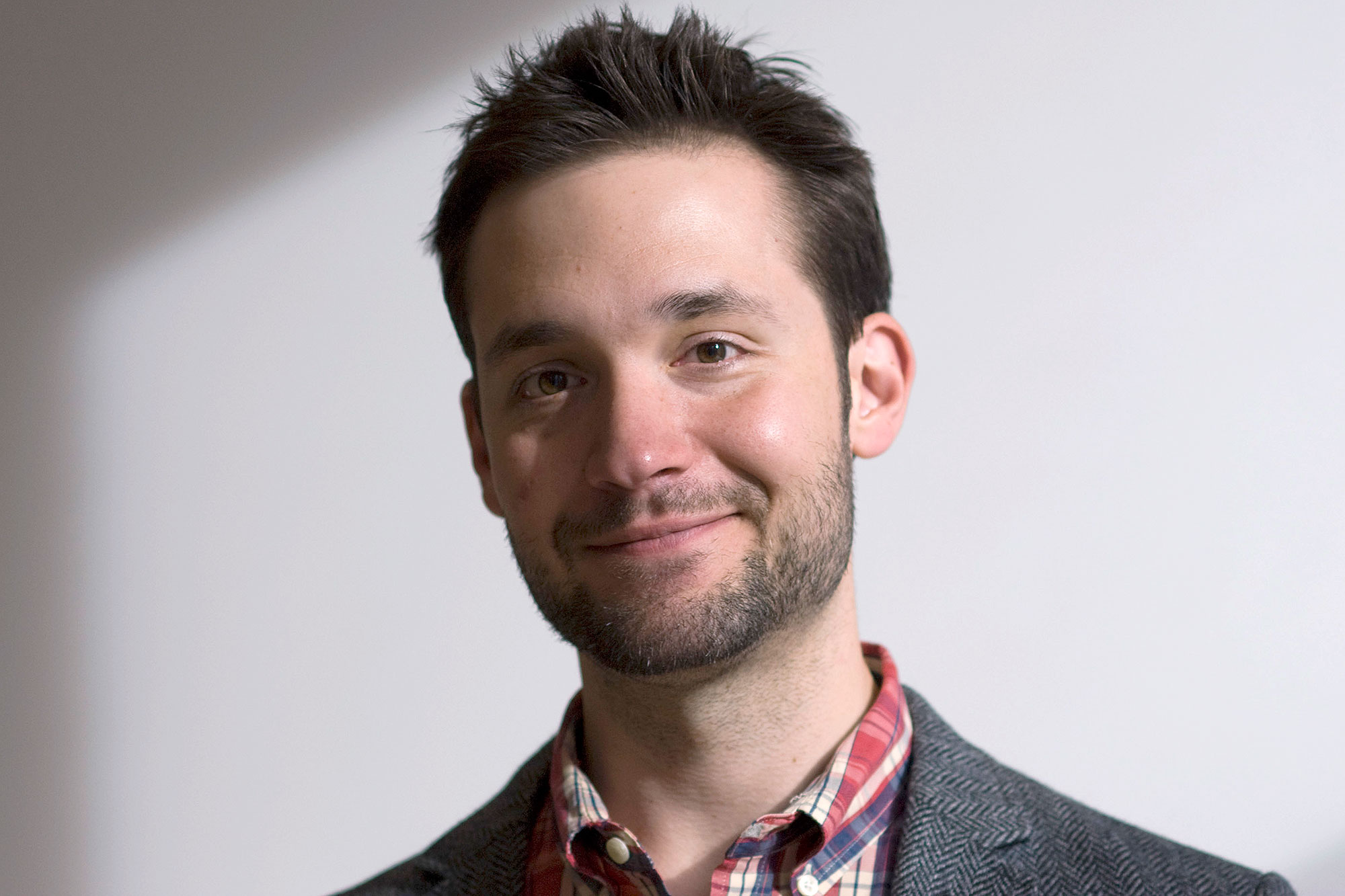 USA, NEW YORK CITY--Alexis Ohanian, is an Armenian American internet entrepreneur, activist and investor based in Brooklyn, New York, best known for co-founding the social news website reddit, helping launch travel search website hipmunk, and starting social enterprise breadpig. (Photo by Neville Elder/Corbis via Getty Images)