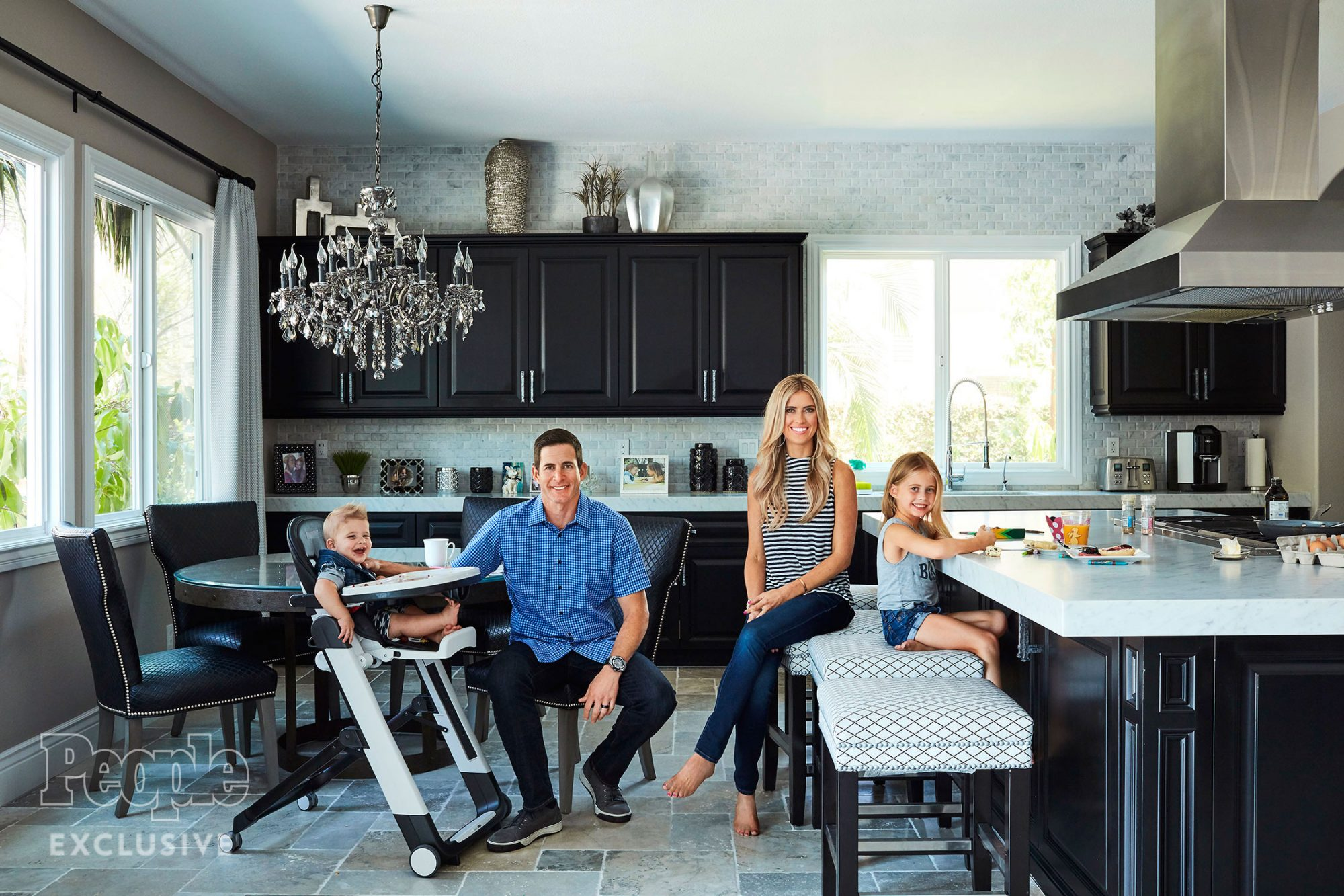HRR 1F7800FD Flip or Flop Christina & Tarek El Moussa and their children Taylor & Brayden photographed at home in Yorba Linda, CA on August 24th, 2016 Photographer: Joe Schmelzer Hair & Makeup: Shannon Rhodes No styling or clothing credits