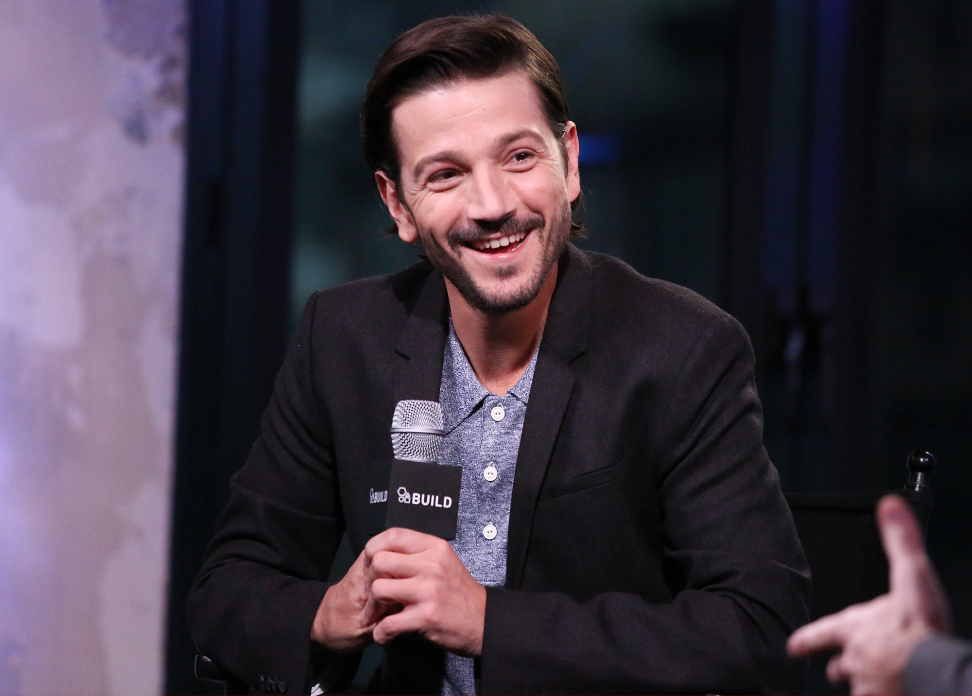 """Build Presents Diego Luna Discussing """"Rogue One: A Star Wars Story"""""""