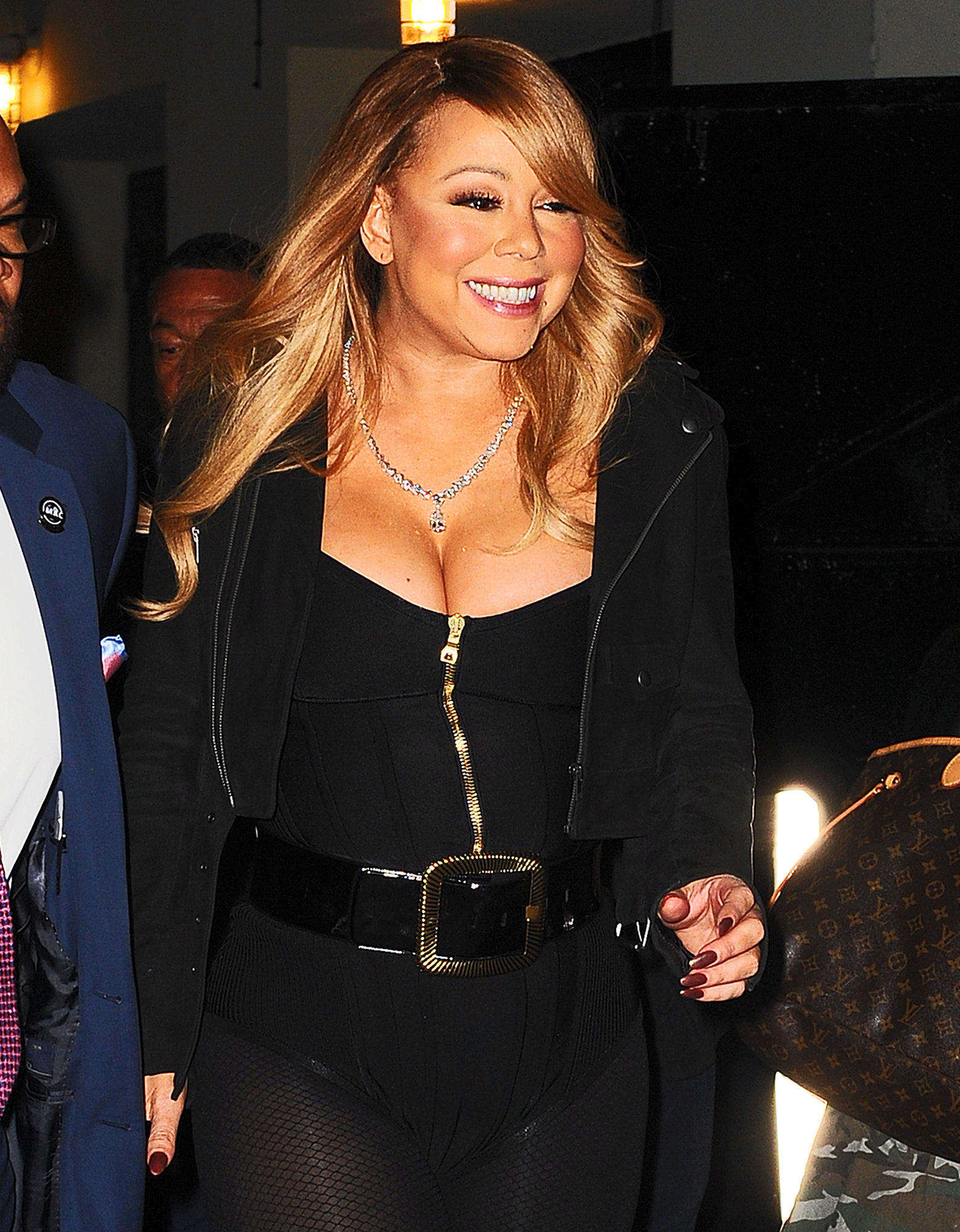 Mariah Carey stuns as she greets fans after her christmas concert in New York