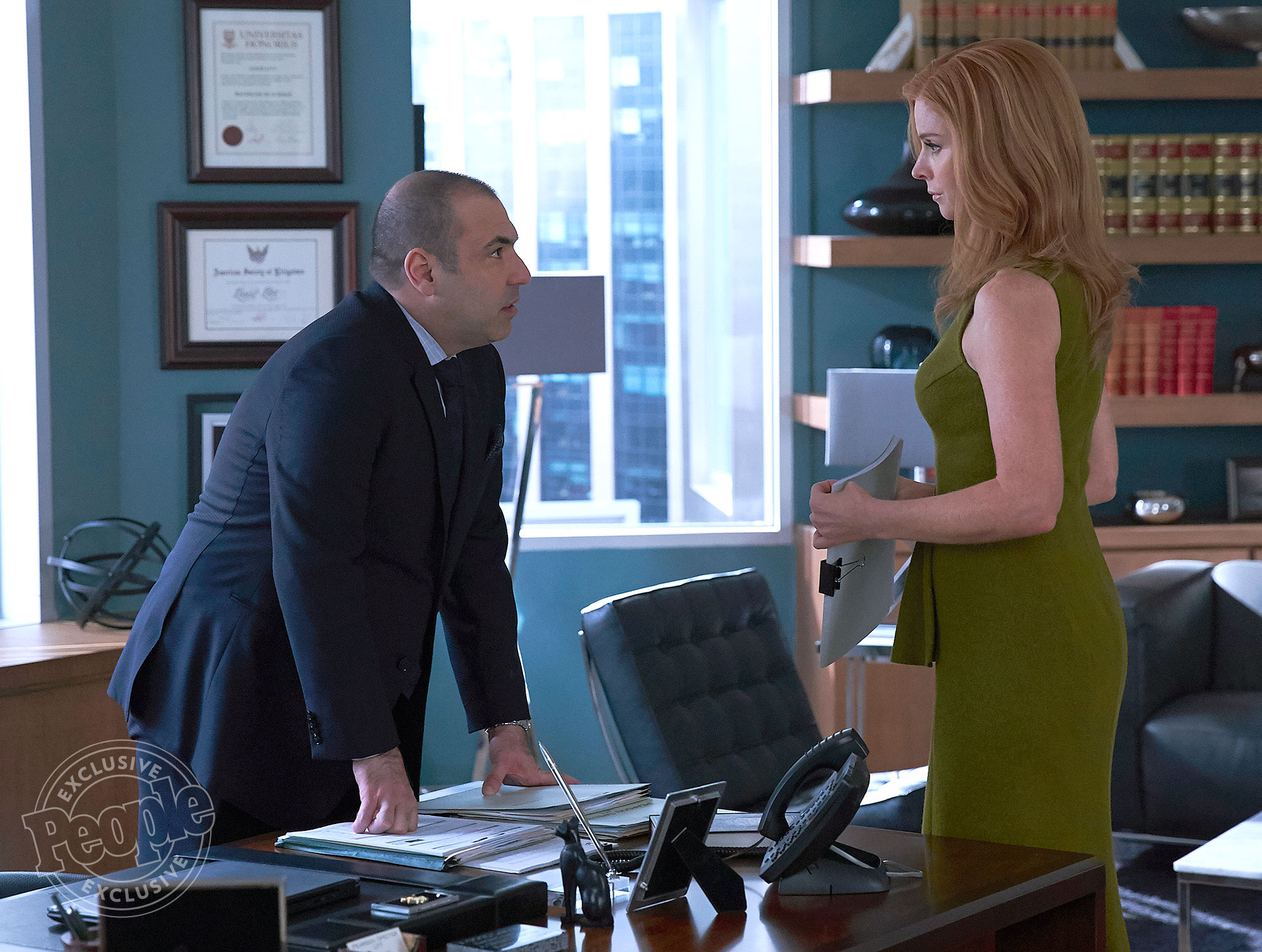 SUITS -- Episode 616 -- Pictured: (l-r) -- (Photo by: Shane Mahood/USA Network)
