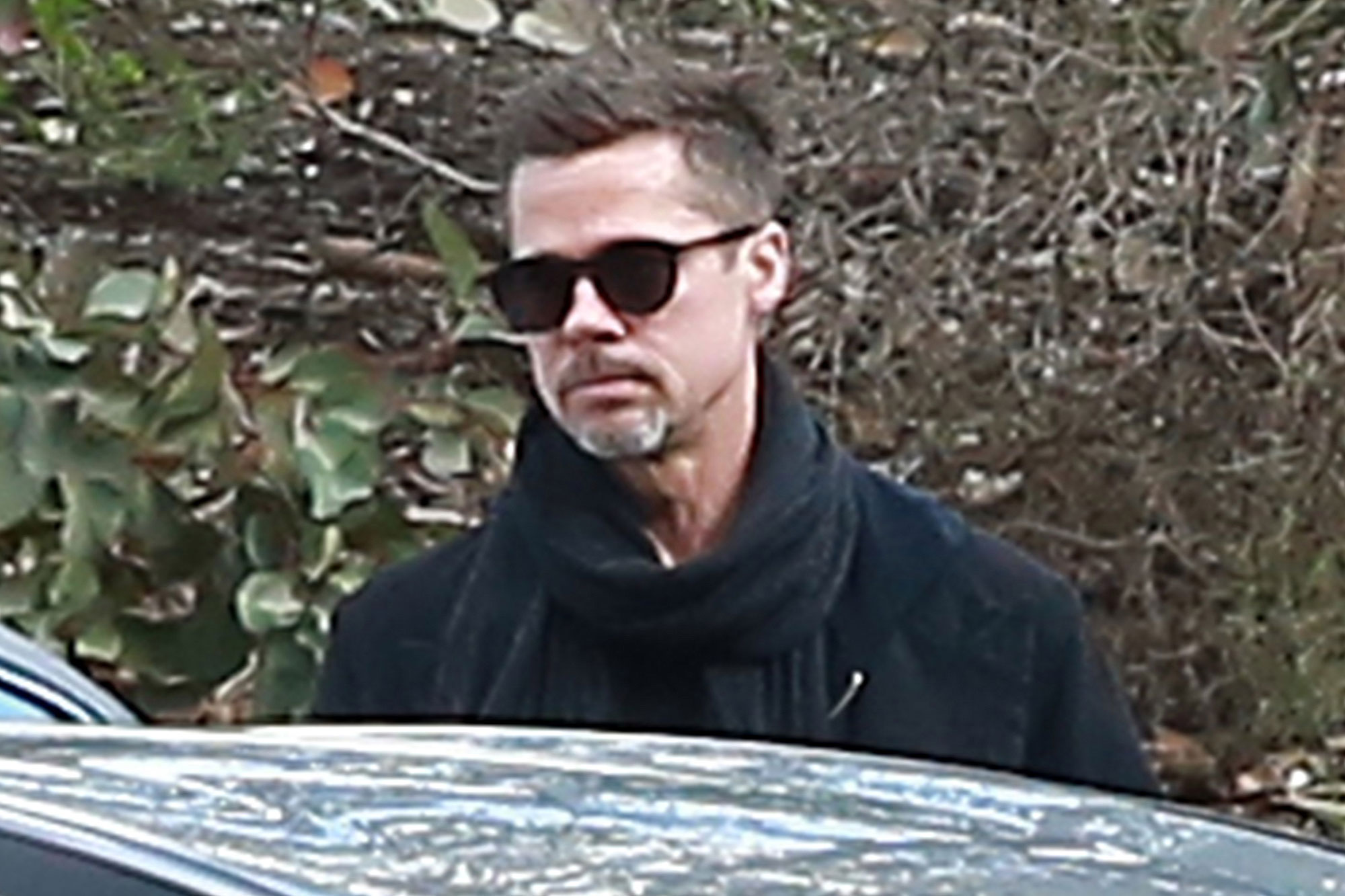 Exclusive... Premium: Brad Pitt Heads Out In Santa Monica ***NO USE W/O PRIOR AGREEMENT - CALL FOR PRICING***