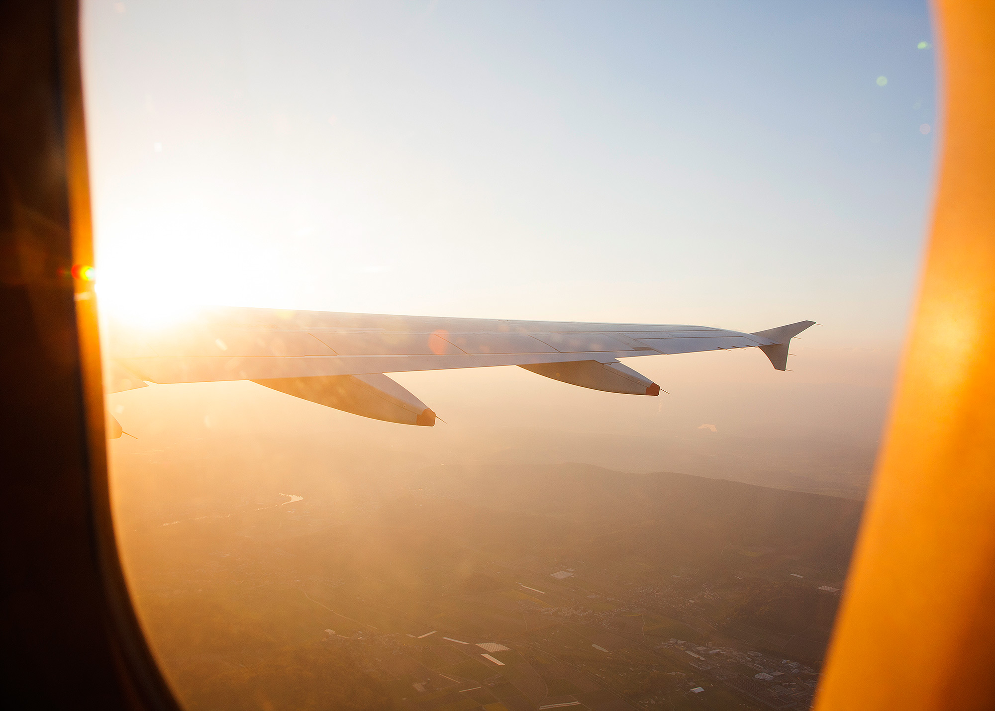 Airplane wing with sunflare