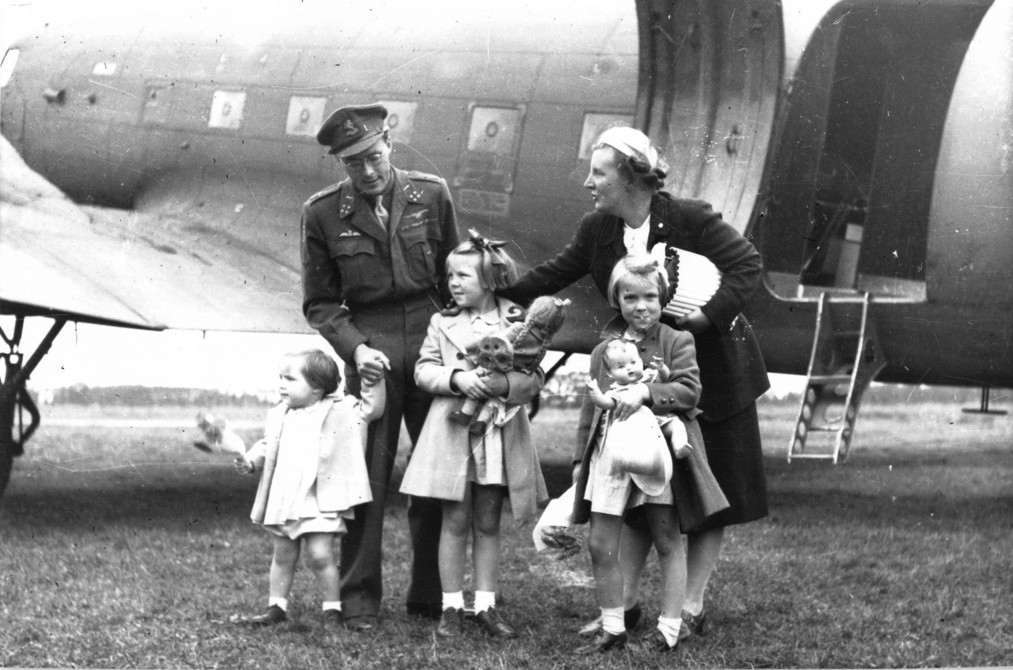 NETHERLANDS - 1945: Queen Juliana and Prince Bernhard with their children Princesses Margriet, Beatrix and Irene return to the Netherlands from Canada where they lived in exile during World War II, 1945 in Netherlands. (Photo by Gamma-Keystone via Getty Images)