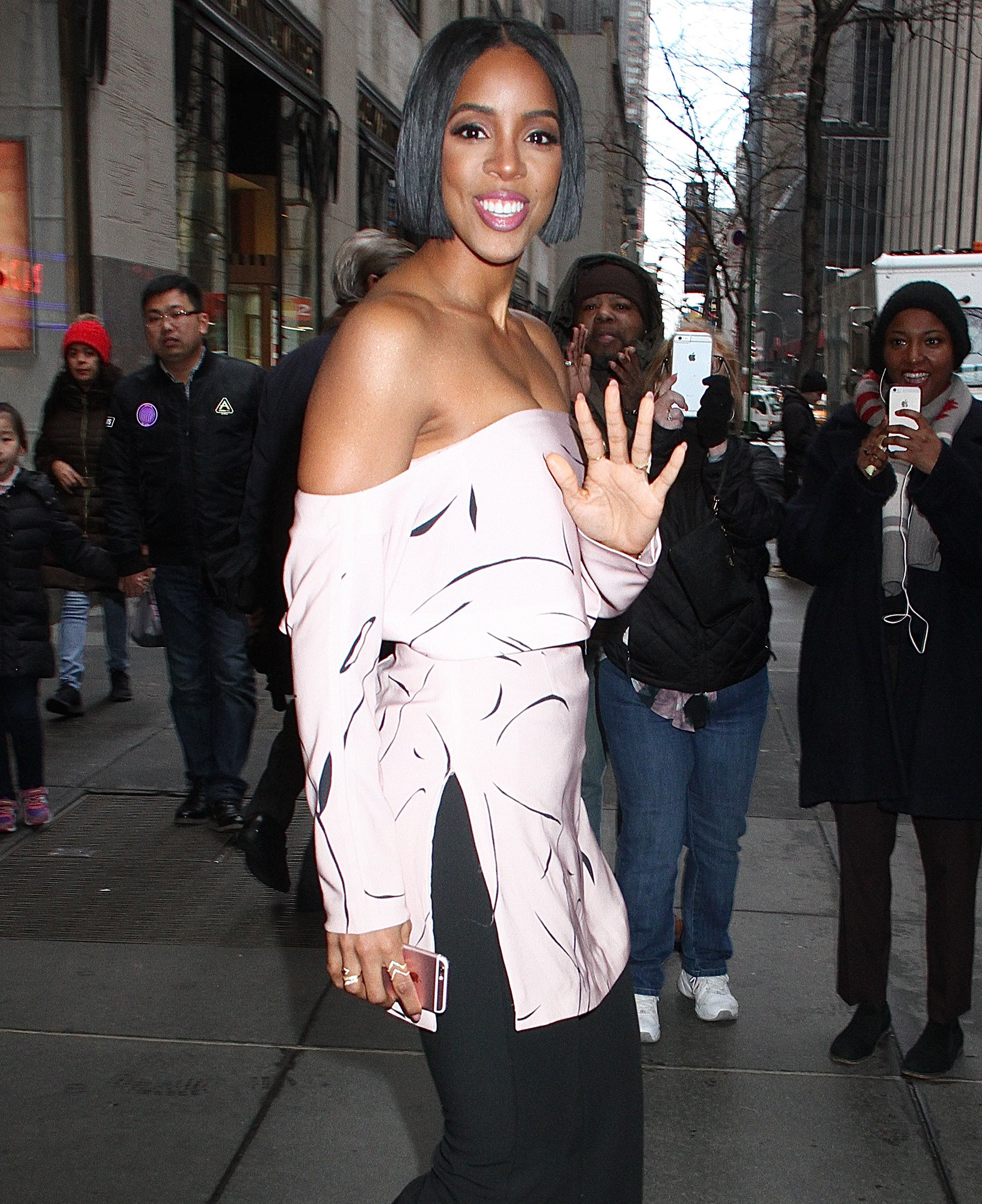 Singer and actress Kelly Rowland spotted leaving 'Access Hollywood Live' in NYC's Rockefeller Center