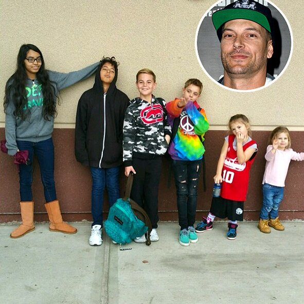 Kevin Federline Shares New Photo Of His Six Children People Com