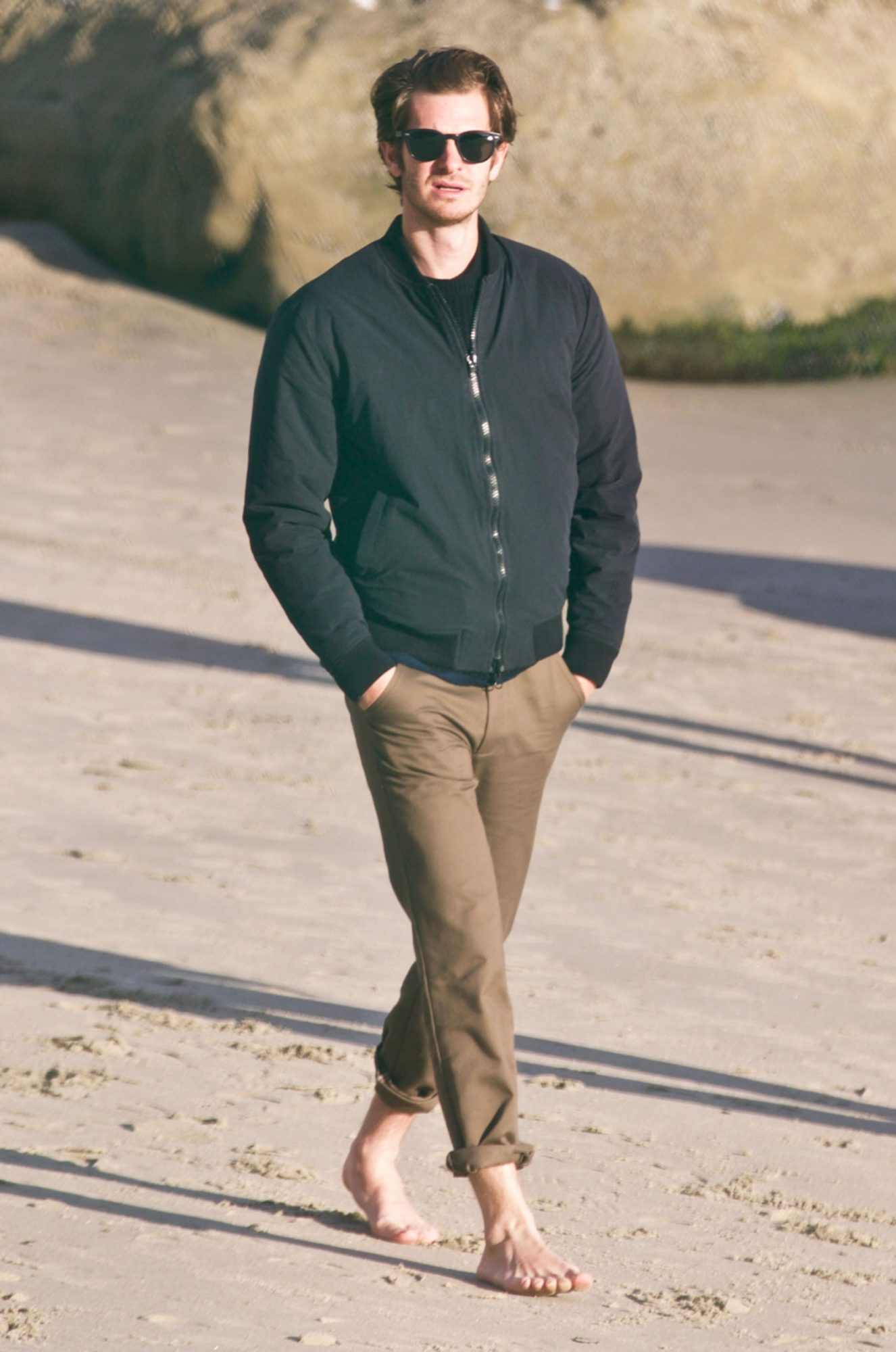 EXCLUSIVE: Andrew Garfield & His Parents see walking on the beach in Malibu
