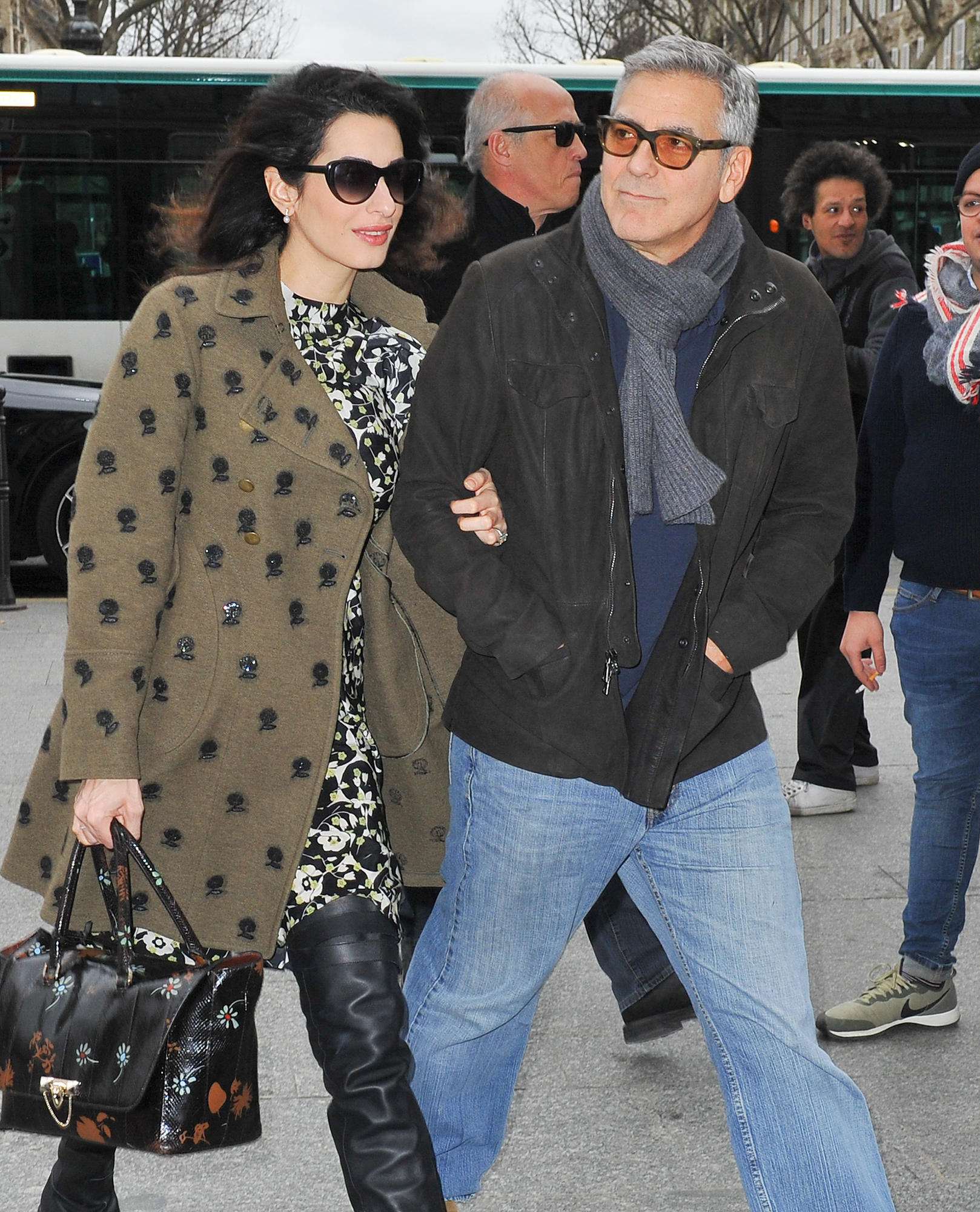 George Clooney and his pregnant wife Amal Clooney go to Gare du Nord to take a Eurostar back to London, in Paris.