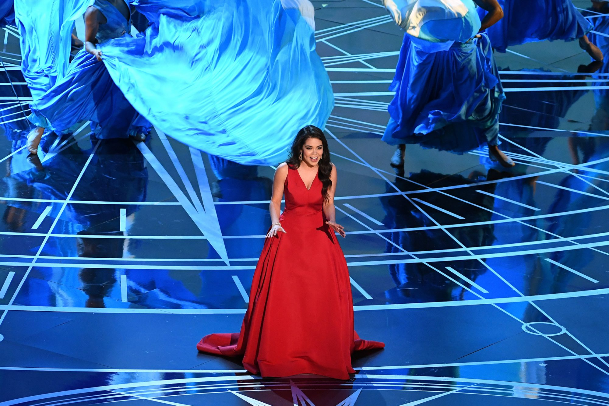 HOLLYWOOD, CA - FEBRUARY 26: Actor/singer Auli'i Cravalho performs onstage during the 89th Annual Academy Awards at Hollywood & Highland Center on February 26, 2017 in Hollywood, California. (Photo by Kevin Winter/Getty Images)