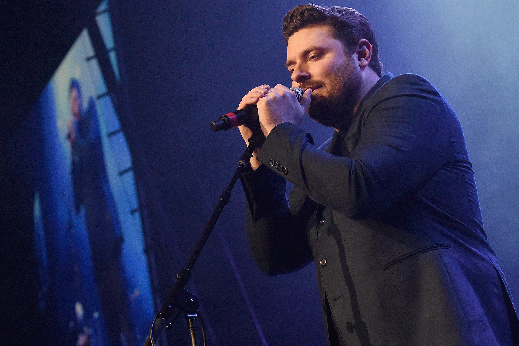 NASHVILLE, TN - FEBRUARY 08: Chris Young performs during 1 Night. 1 Place. 1 Time: A Heroes & Friends Tribute to Randy Travis at Bridgestone Arena on February 8, 2017 in Nashville, Tennessee. (Photo by Rick Diamond/Getty Images for Outback Concerts)