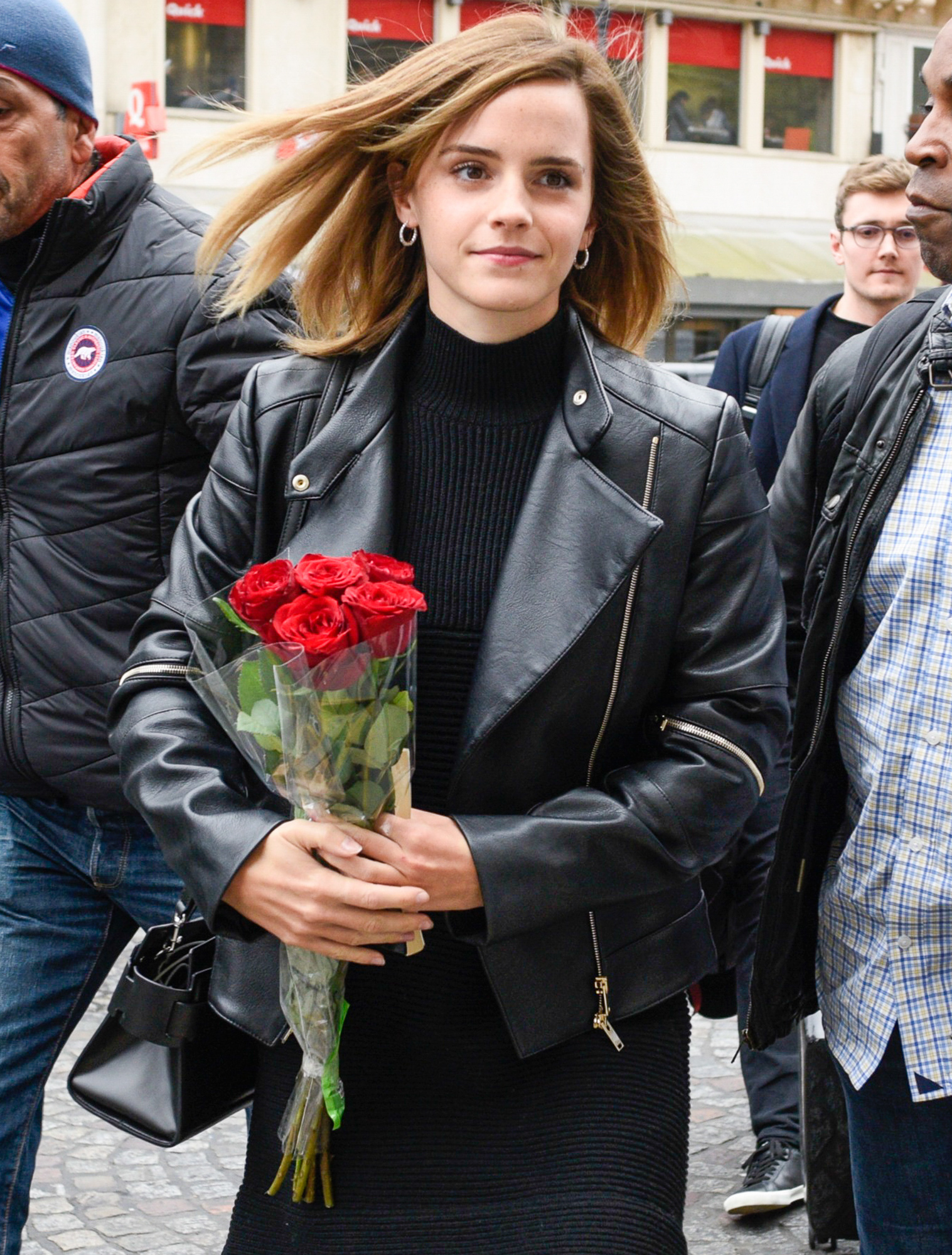 "Emma Watson says ""Au Revoir"" to Paris!"