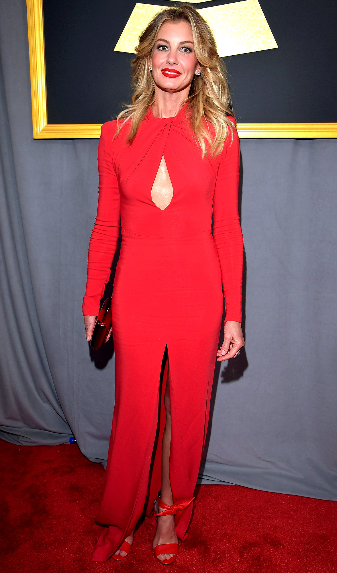 LOS ANGELES, CA - FEBRUARY 12: Recording artist Faith Hill attends The 59th GRAMMY Awards at STAPLES Center on February 12, 2017 in Los Angeles, California. (Photo by Lester Cohen/WireImage)