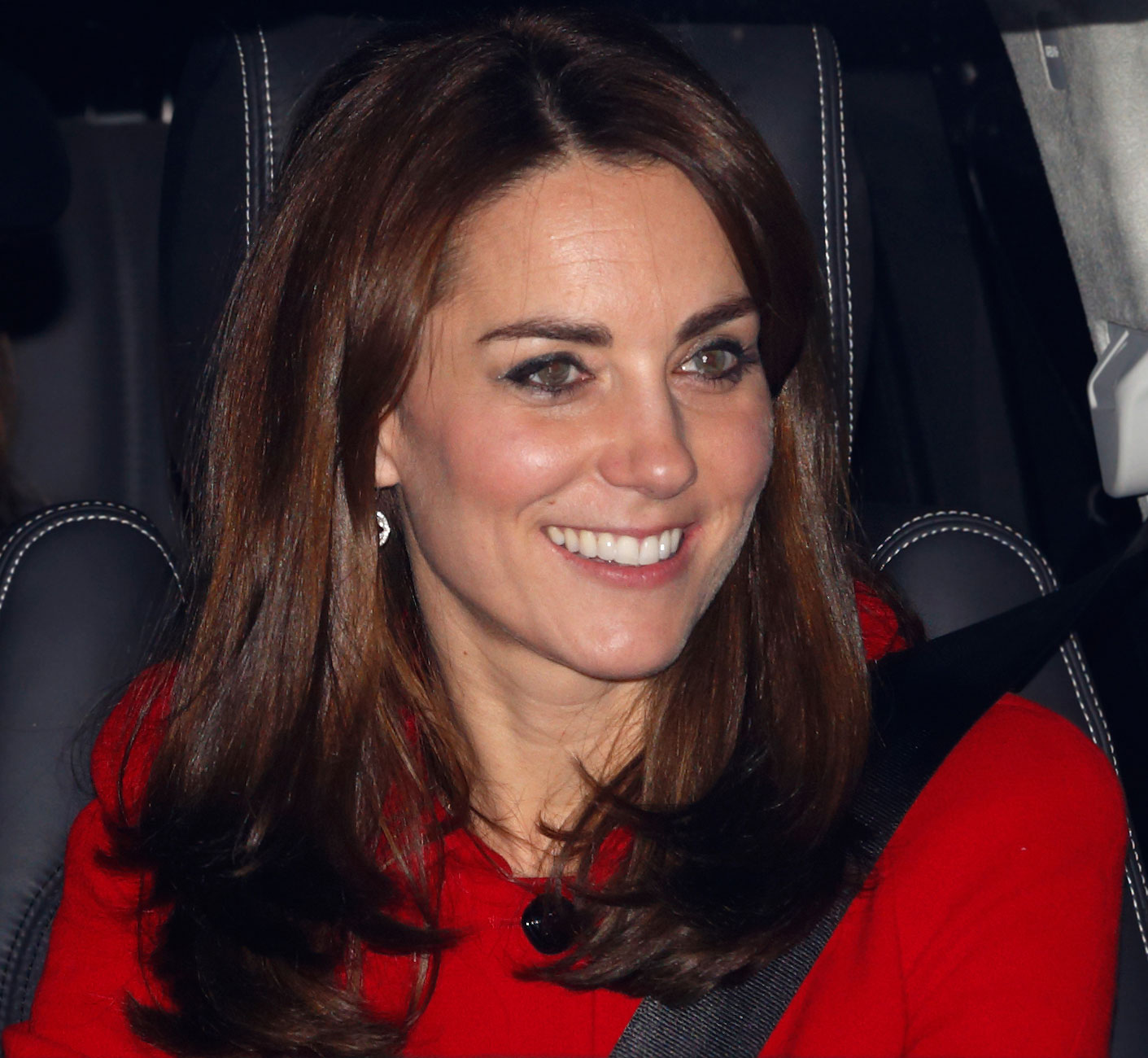 LONDON, UNITED KINGDOM - DECEMBER 16: (EMBARGOED FOR PUBLICATION IN UK NEWSPAPERS UNTIL 48 HOURS AFTER CREATE DATE AND TIME) Catherine, Duchess of Cambridge attends a Christmas lunch for members of the Royal Family hosted by Queen Elizabeth II at Buckingham Palace on December 16, 2015 in London, England. (Photo by Max Mumby/Indigo/Getty Images)