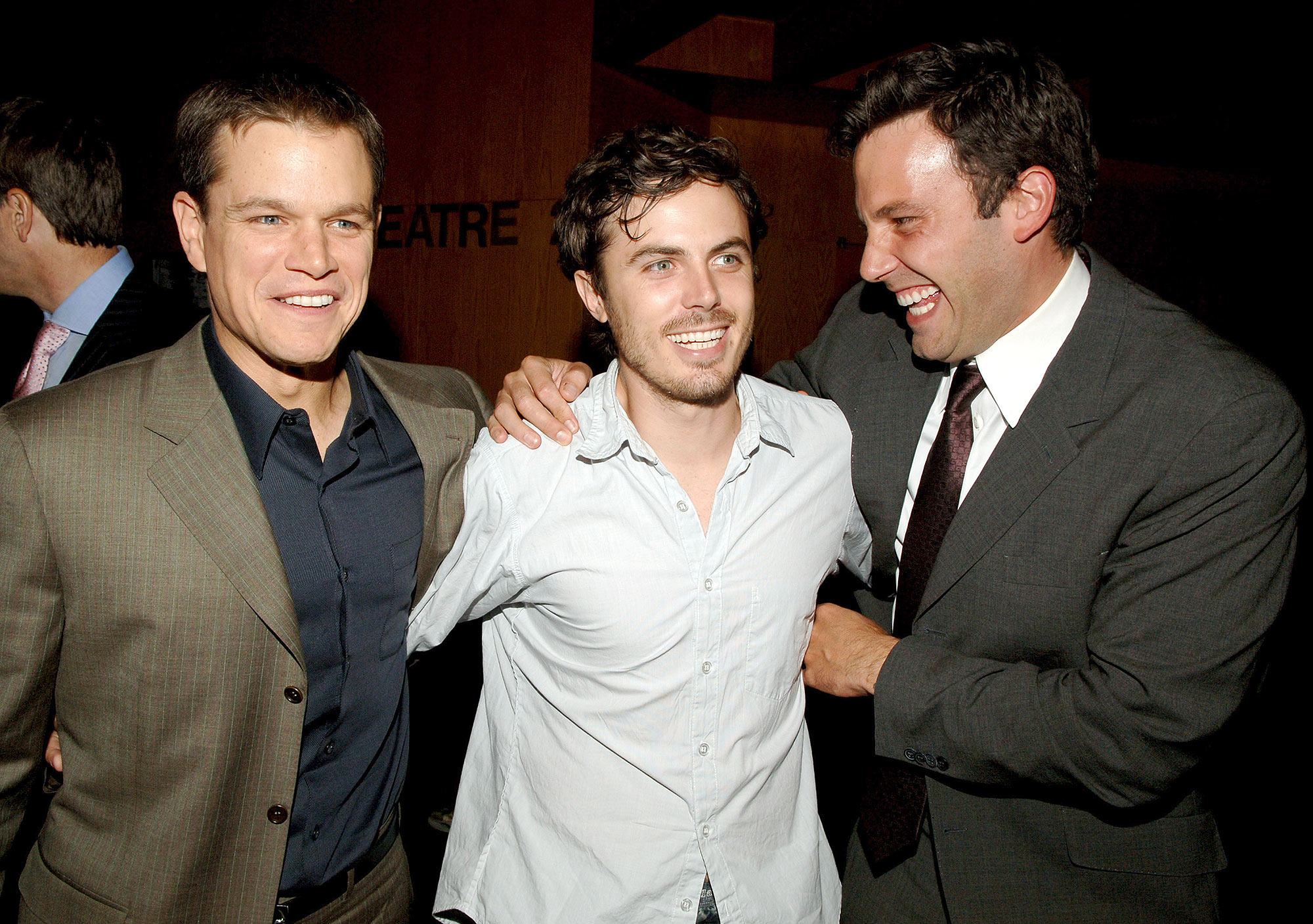 Matt Damon, Casey Affleck and Ben Affleck in Los Angeles, California (Photo by Lester Cohen/WireImage)