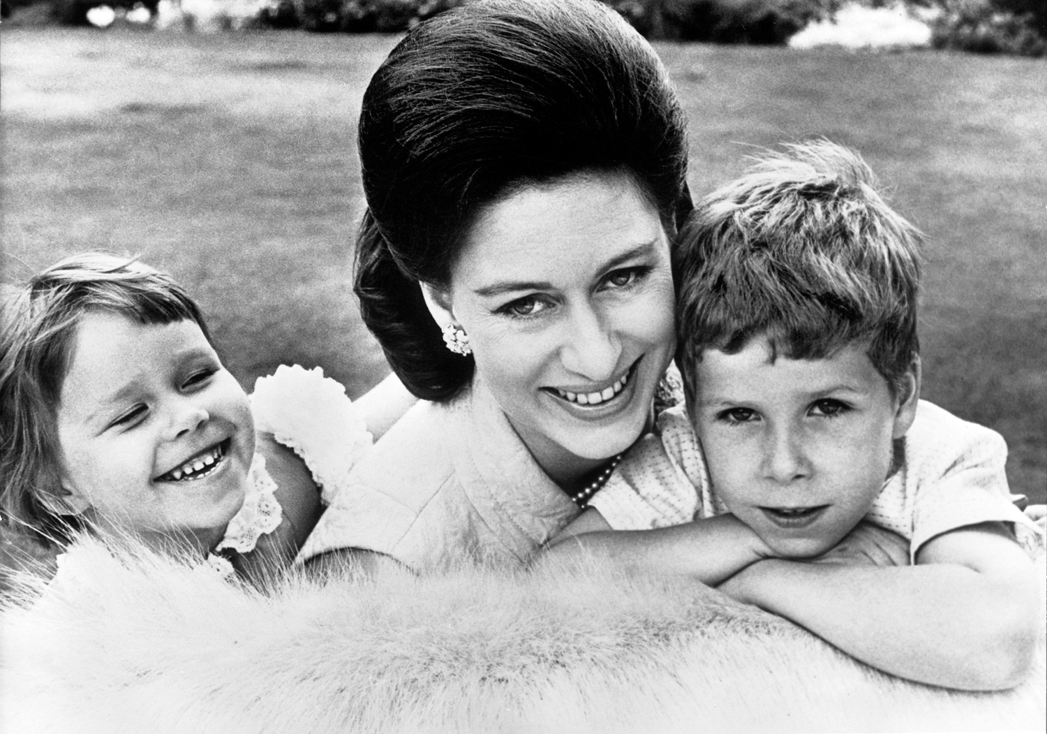 Princess Margaret And Her Children In 1967