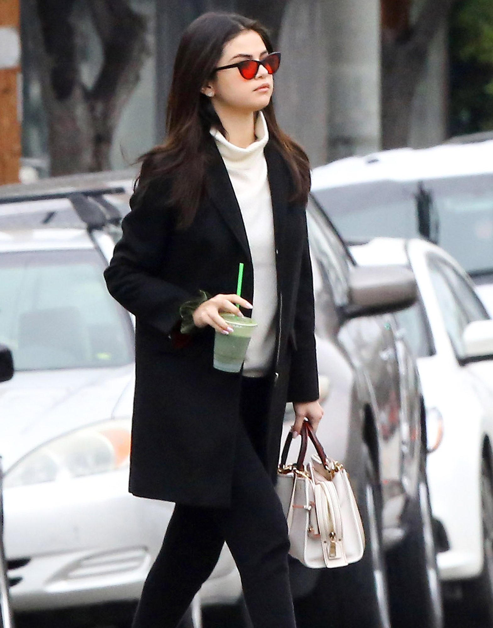 *EXCLUSIVE* Selena Gomez Juices up before a Spa Treatment