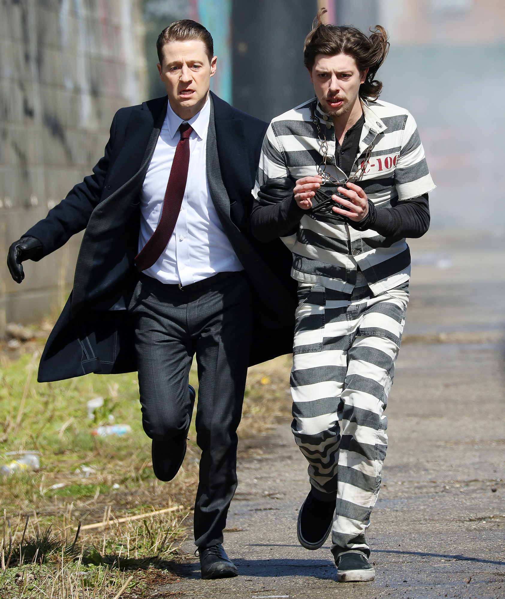 EXCLUSIVE: Ben McKenzie and Donal Logue Film a Shootout on Set of 'Gotham'